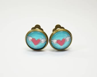Earclips flying heart