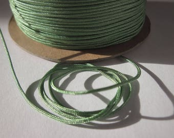 1 m of thread for jewelry, cotton and polyester 1 mm thick approximately (63)