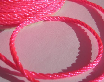 1 m of yarn braided soft fuchsia color and shiny 2 mm (24)