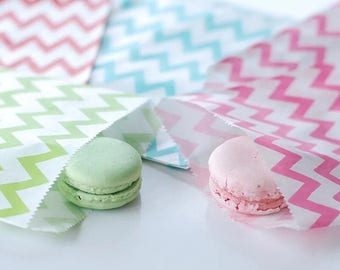 25x Chevron Paper Lolly Bags Pink Blue Teal Favour Bags Wedding Party Treat Sweets Bar Baby Shower Candy Pastry Bags