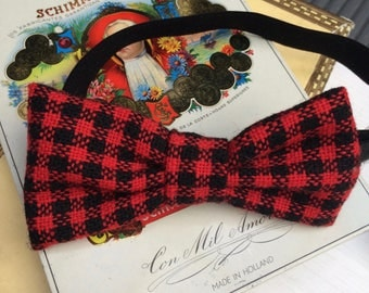 Grown-up Dennis Bow Tie - red black check checks tartan plaid women unisex men butterfly pattern print handmade by The Emperor's Old Clothes
