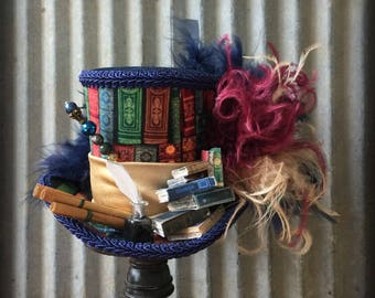 Book Mini Top Hat, Librarian Hat, Hermione's Hat, Alice in Wonderland, Mad hatter Hat, Mad Tea Party, Shakespeare Hat, Bookworm Hat