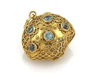 20027 - Blue Topaz & Pearl Oyster Shell 18k Yellow Gold Charm Pendant