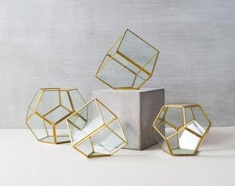 Geometric Glass Terrarium, Modern Planter, Air plant container, Air Plant Terrarium, Succulent Planter, Rock Hexagonal Planter, #Giftsforher