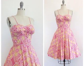 50s Pink Hawaiian Print Sun Dress / 1950s Vintage Paisley Print Summer Dress / Small / Size 4 to 6