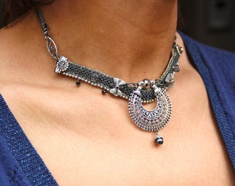 """Ethnic Choker necklace the """"flap"""" black and silver"""