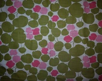 Fabric - Craft - Sweden - Scandinavian Design  - Vintage - Pink - Green - White