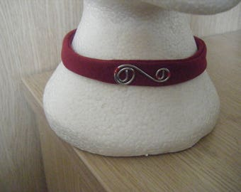 Ladies choker