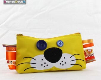 School Kit, Makeup, ... Yellow Lion