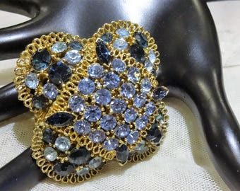 Beautiful Domed Vintage MJent  Shades of Blue Rhinestone and Gold Filigree Brooch