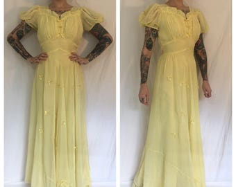 Vintage 1940's Pale Yellow Gown with Bows