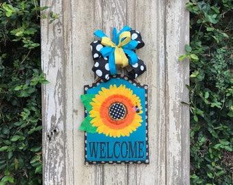 Sunflower door hanger,welcome door hanger,Summer door hanger,Sunflower Banner,Front door hanger,Welcome front door hanger,burlap door hanger