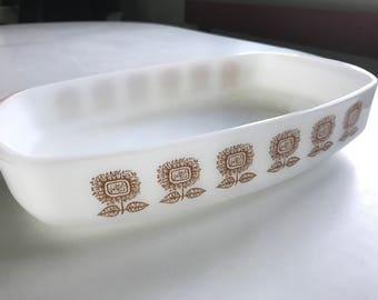 Federal Glass sunflower milk glass casserole pan