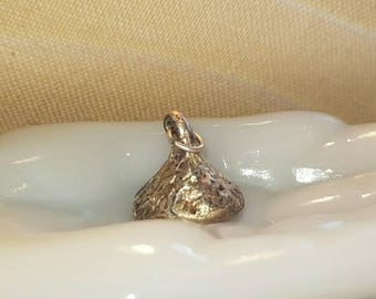 Sterling silver kiss/Sterling silver chocolate kiss