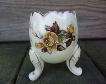Napco Ware Egg Vase