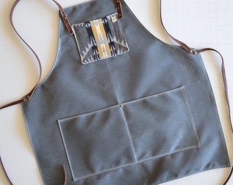 Waxed Canvas Apron Made with Pendleton® Wool and Leather / Canvas Apron
