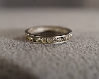 vintage sterling silver eternity band with channel set round white topaz, size 6   M10