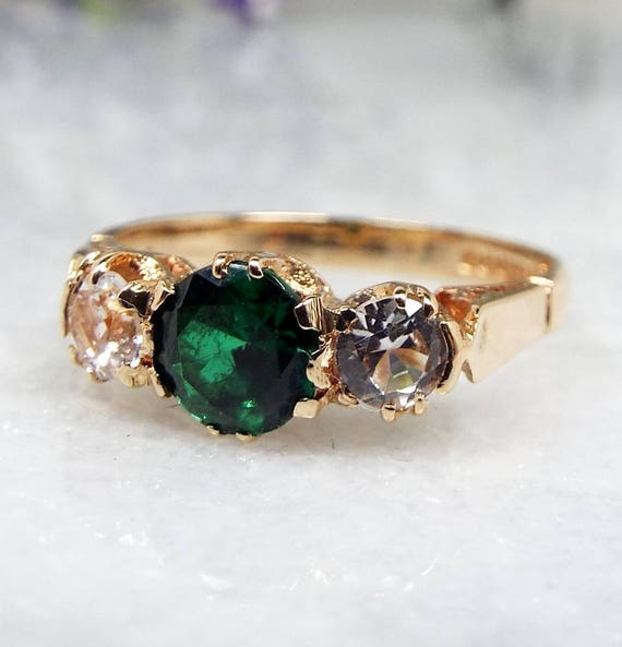Vintage 1967 9ct Yellow Gold Emerald Green & White Spinel Trilogy Ring / Size L 1/2