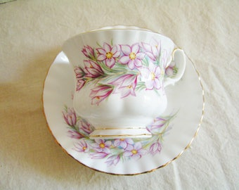 Vintage Royal Albert Prairie Crocus Fine Bone China Tea Cup and Saucer Made in England Gold Trim Tea Party Cottage Chic Cup Saucer