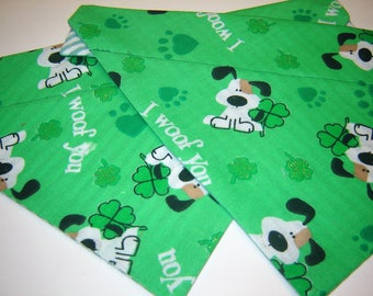 St. Patrick's Day 'I Woof You' Dog Scarf on Green Over the Collar Dog Bandana