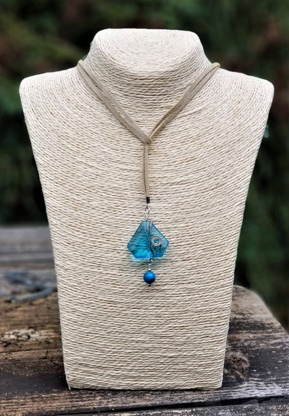 Ocean Blue Sea Glass Lariat Style Necklace/Choker