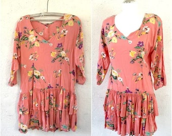 ON SALE Pink Long Sleeve Floral Dress * Mini dress * Tunic dress * Vintage dress * Button Back dress * 80s dress * Dress M Medium