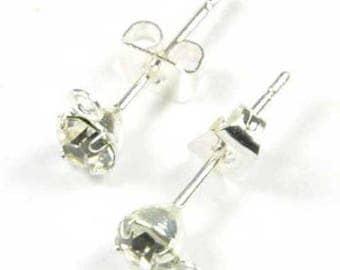 X 4 Stud Earrings rhinestones and 3mm hook
