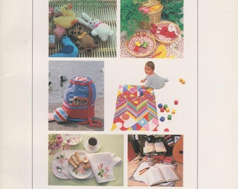 Sewing book Stitch a Gift 30 imaginative presents to sew quick duffle bag dish towel sweet dream pillow
