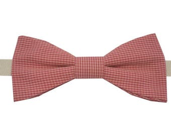 Bow tie small red and pink squares to straight edges