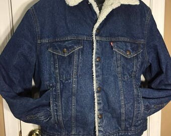 Levi's Vintage Sherpa Lined Denim Trucker Jacket Size 44 R Made in USA