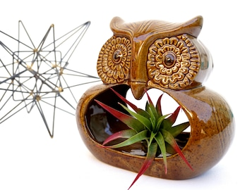 Mid-Century Modern Ceramic Owl Planter / Ashtray || Two-Sided Retro Hanging Garden Decor || Boho Nursery Air Plant Holder || Made in Italy