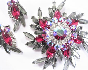Vintage Smoky Red Rhinestone Pinwheel Brooch Earrings Demi Jewelry Set 60s