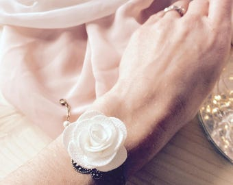 Bridal bracelet and very romantic and rustic bridesmaids with pearls and ivory fabric flower