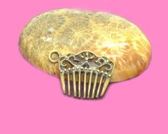 10 charms comb antique bronze 20x15mm