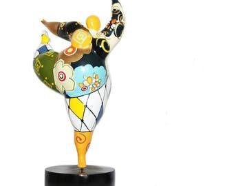 Statue de femme Ballerine dans le style des Nanas Niki de Saint Phalle, pour collection ou décoration, hauteur 36 cm