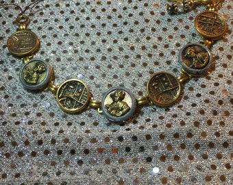 Antique buttons bracelet