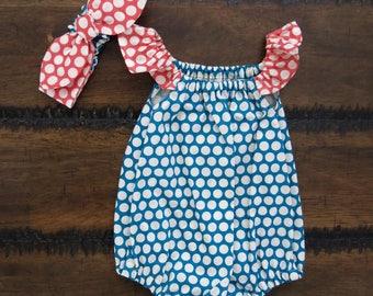 Organic baby girl romper / Flutter sleeve romper / Baby girl playsuit / spring baby playsuit /Gift for baby girl / polka dot romper/ outfit