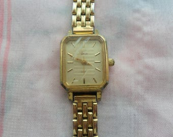 1 Gold Plated Watch for upcycling
