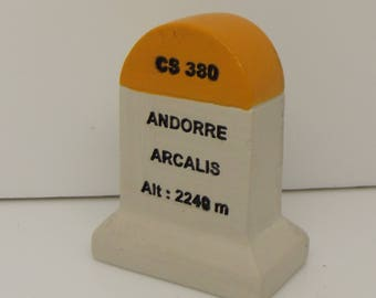 Andore Arcalis Km Marker Milestone Tour de France Mountains