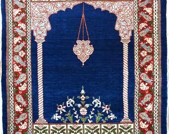 Very fine Turkish Hereke rug %100 Silk 2x3 441 Kpsi