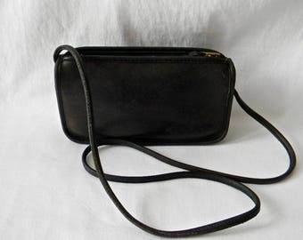 Vintage Black Leather Coach NYC Zippered Pouch
