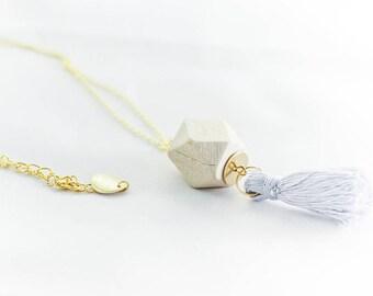 """Vintage necklace & romantic """"poupoudiou"""" sky blue"""