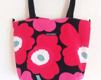 Vintage MARIMEKKO Pink Red White Black Cotton Naive Flower Print Handbags Made in Finland