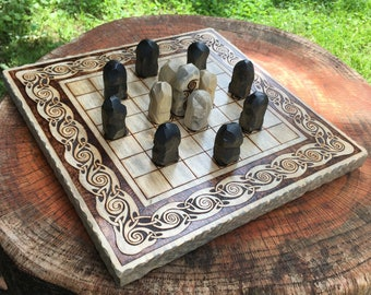 "READY TO SHIP! - Hnefatafl Game: ""Leprechaun Tafl"" variant, Strategic Board Game, Handcrafted Wooden Game & Pieces - Viking Tafl Board Game"
