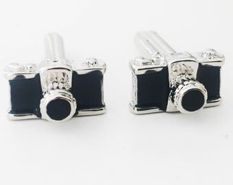 Camera Cufflinks, Photographer Cufflinks, Enamel and Silver Plated, Fathers Day gift, Anniversary Gift, Gift for Him, 1.5 cm x 0.9cm