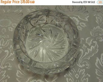 SUMMER IS HERE Vintage Round Heavy Pinwheel Crystal Ashtray/Candle/ Trinket Holder