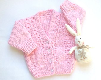 Baby girl cardigan -  0 to 6 months - Baby girl pink sweater - Baby knit pink cardigan - Baby shower gift - Baby knitwear