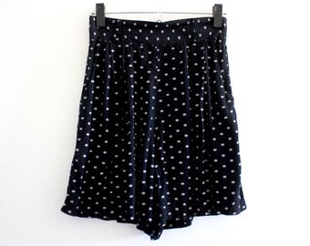 Black with White Polka Dots High Waisted Shorts M