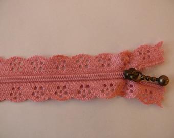 Pink lace 50cm zipper closure