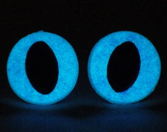 12mm Glow In The Dark Cat Eyes, Metallic Blue Safety Eyes With Blue Glow, 1 Pair Of Glow In The Dark Safety Eyes